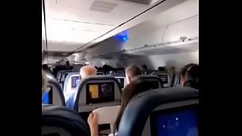 Porno flugzeug Stewardess