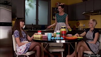 Lesbian housewives Dana DeArmond and Kate England after plastic storage unit party at Dahlia Sky had threesome anal sex with sex toys and strapon