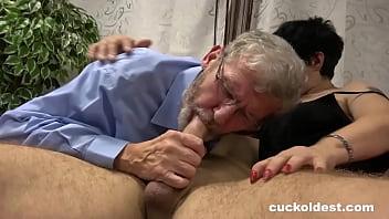son penetrade mommy naked