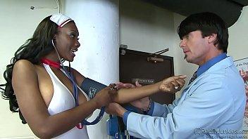 Ebony nurse Naomi Banxxx