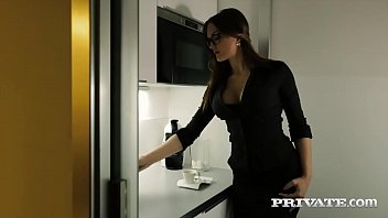 Private.com - Barbara Bieber Puts...