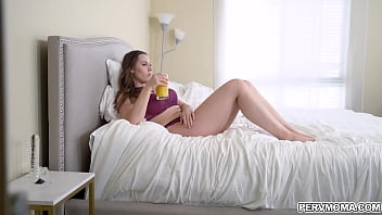 Horny stepson peeping his stepmom Chanel Preston from the end of the bed