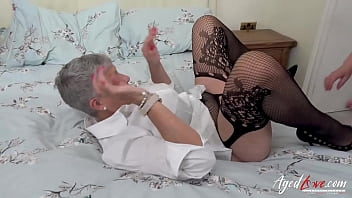 AGEDLOVE Most seductive threesome with two mature ladies