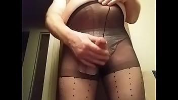 Masturbating in my new pantyhose