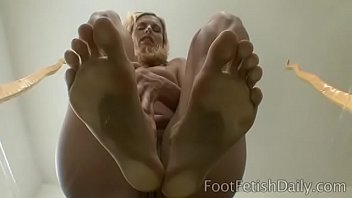 Darryl Hanah Soles On Glass Thumbnail