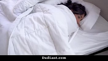 Rude Daughter Deep Throated By Daddy