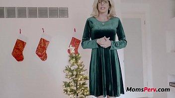 Mom helps Son With Goner Boner On Christmas