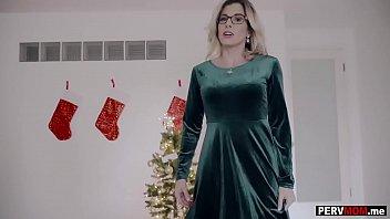 My Christmas wish was to fuck my busty MILF stepmom Thumbnail