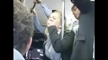 Man finger a sexy girl in bus