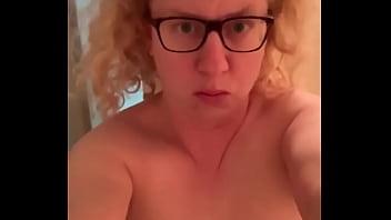 nerd girl cums
