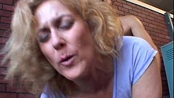 Milf fucked by hunky guy