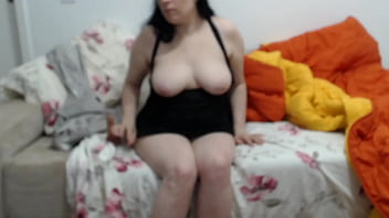 Milf Sireah with a 5 inch dildo on sofa