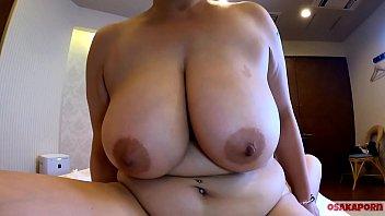 五十路54歳熟女元人妻Fカップ爆乳ママに中出し。ぽっちゃり巨乳でおばさん決死のパイズリ。素人デブおばさんの熟した裸体  フェラ パイズリ セックス ver OSAKAPORN