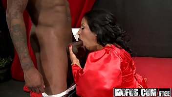 Watch Mofos - Milfs Like It Black - (Kiara_Mia) - Passion Cums From preview