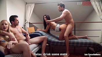 VIP SEX VAULT - Alexa Tomas And Sicilia Model Are Blowing And Sucking Their Partners On Swinger Party