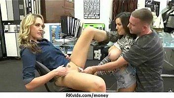 Amateur has sex for some quick cash 11