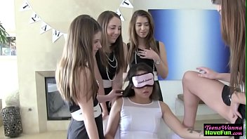 Teen lesbian fingering and eating pussy in group action
