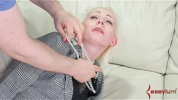 Office lady taught a b. anal lesson