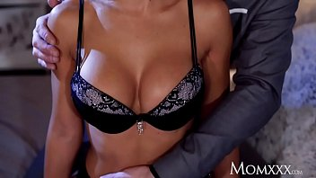 Mom Big tits Milf blindfolded and pussy filled with cum