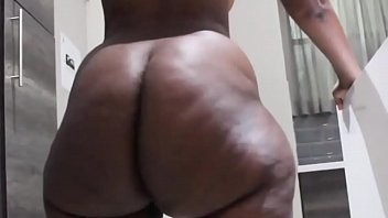 big curves asses from africa