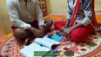 साफ सुथरी हिंदी आवाज में भारतीय सबसे अच्छी शिक्षक शक्तिशाली चुदाई