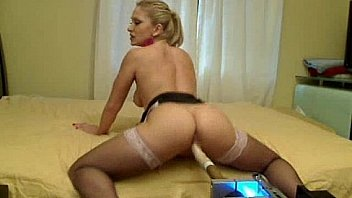 Pornstar Lea Lexis live webcam fucking machine