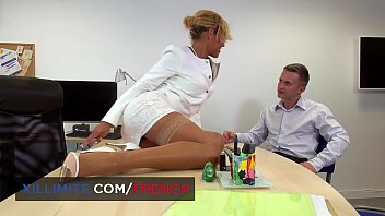 Rose Valérie anal sex in the office