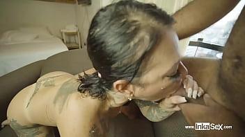 Señora hermosa venezolana aisha rengifo castiga a chico humilde