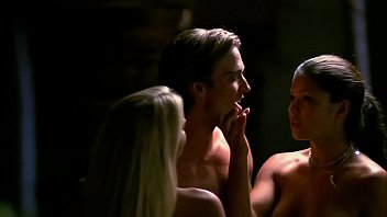 Sarah Laine and Sandra McCoy Nude Threesome | Wild Things 3