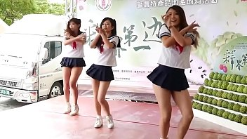 3 Japanese Teens Dancing College