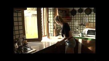 Le Avventure Di Monella E La Sua Famiglia (Full porn movie)