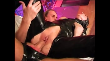 Kinky couples in bizarre action