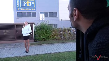 Foursome in driving car with super horny Milf and Wendy Moon