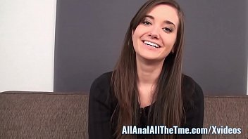 Amateur new comer loves anal...