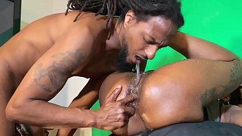 Ebony squirt videos