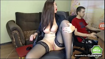 Hot Russian cam model with amazing body