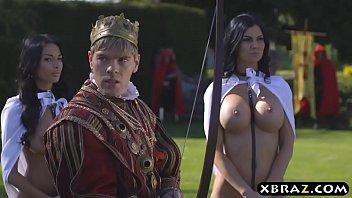 King fucks his busty woman