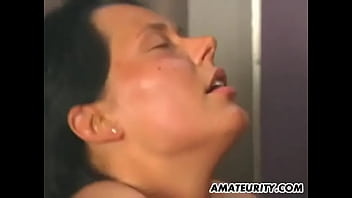 Naughty amateur homemade fuck in an elevator