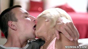 Horny german granny fucks a suffering patient