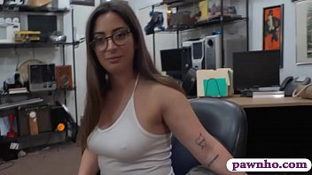 Amateur brunette slut with glasses gives pawnshop powner a sloppy blowjob