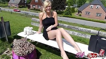 My DirtyHobby - Gorgeous Bibixxx shows her blowjob skills on her big dildo by giving it a slow sensu