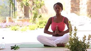 Busty black babe Jezabel does yoga outdoor