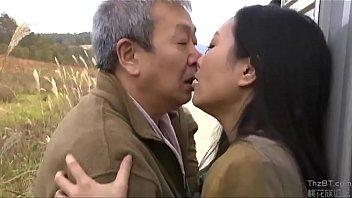 Japansk par udendørs sex