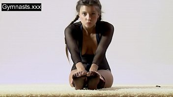 Marusya Mechta the hot gymnast Thumbnail