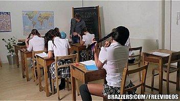 Female students seduce class teacher