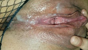 Eating my jizz from my squirt girl's tasty pussy