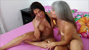 Alexis Rain and Leilani Lei in a threesome with Tony Dinozzo