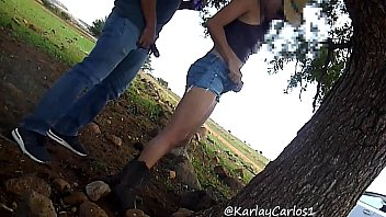 Gatita gets dicked outdoor and squirts