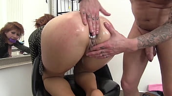 The redhead at the hairdresser's doesn't want to pay the bill and he fucks her in her horny holes