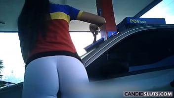 INCREDIBLE WHITE  LYCRA LEGGINGS BIG BUTT Gas-Station Teen